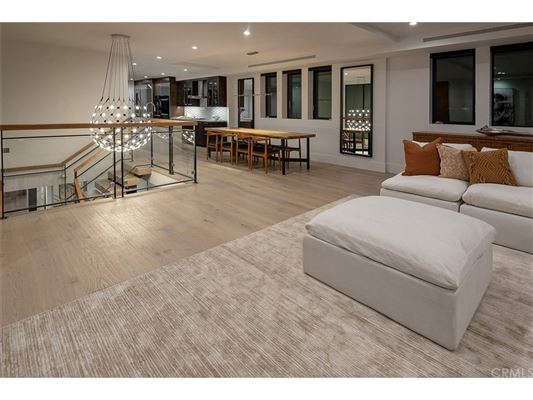 Sophisticated Designer Perfect Home luxury properties