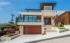 Luxury homes in exemplary Hermosa Beach residence