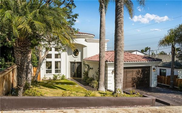Great Family Home Ideally Located Big Everything California Luxury Homes Mansions For Sale Luxury Portfolio