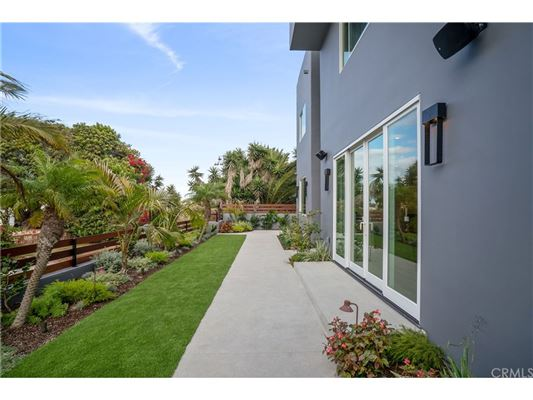 Luxury real estate An extraordinary opportunity in manhattan beach