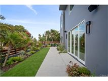 Luxury homes An extraordinary opportunity in manhattan beach