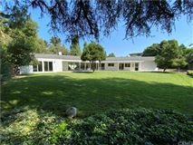 Luxury properties Gorgeous new renovated modern farmhouse