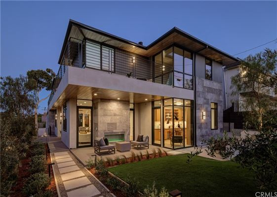 Mansions immaculate new mid-century modern