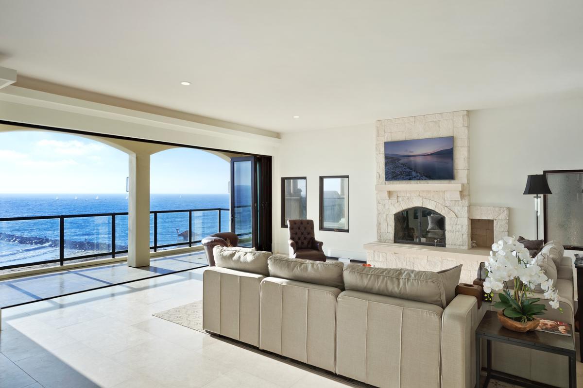 one-of-a-kind landmark residence luxury homes