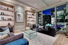 Mansions distinctive and luxurious approach to beachside living