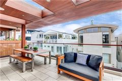 Luxury real estate Live the ultimate Manhattan Beach lifestyle in this fabulous home