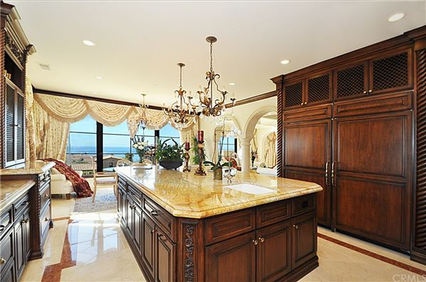 grand home in the Oceanfront Estates luxury real estate