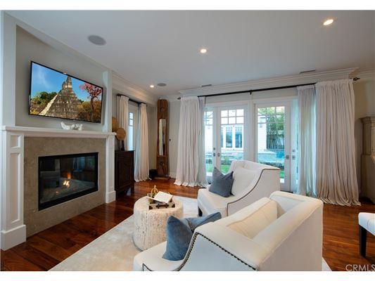 Mansions Manhattan Hill Estate