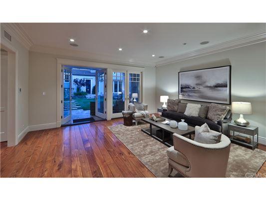 Manhattan Hill Estate  mansions