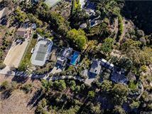 Mansions in seven acre peninsula terraced estate