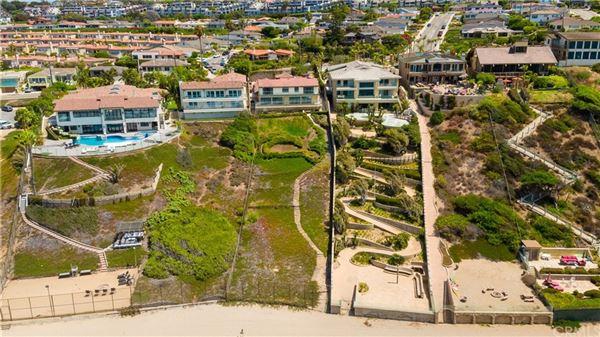 Luxury real estate Premier beach front gated estate