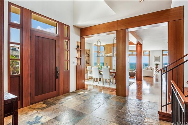Luxury real estate California oceanfront on The Strand