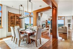 California oceanfront on The Strand luxury homes