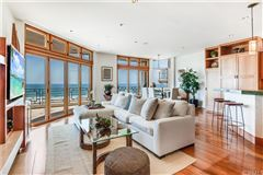 California oceanfront on The Strand mansions