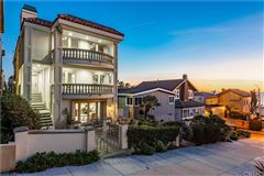 Luxury homes once in a lifetime opportunity in Manhattan Beach