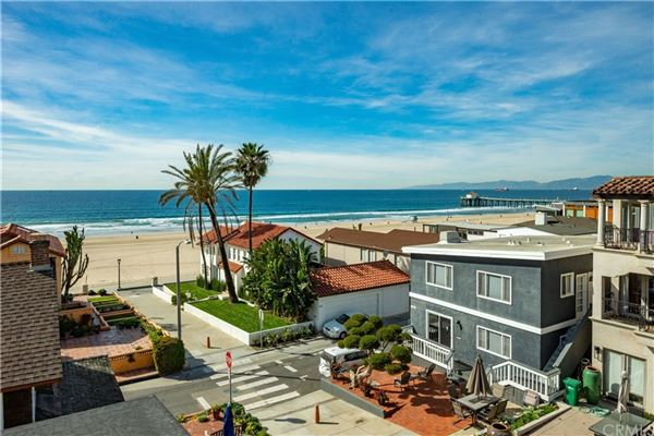 Luxury properties once in a lifetime opportunity in Manhattan Beach