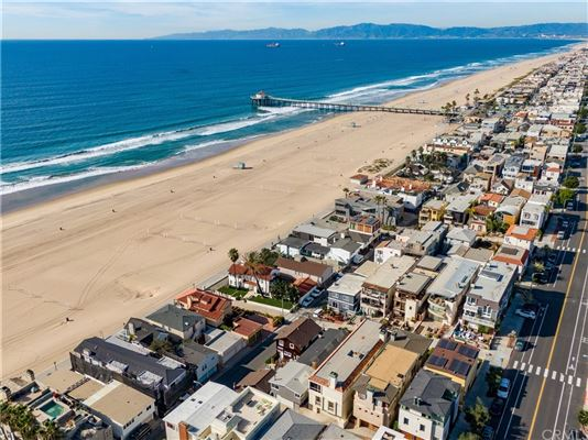 Luxury homes in once in a lifetime opportunity in Manhattan Beach