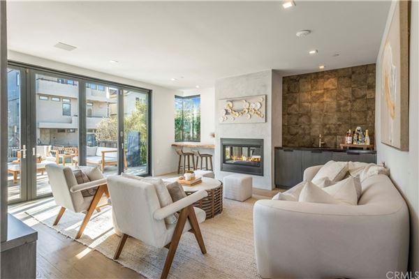 corner walkstreet masterpiece luxury real estate