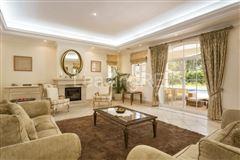 villa in prestigious Parque Atlantico area luxury real estate