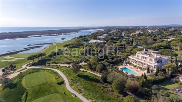 Luxury homes a stand out estate in Portugal