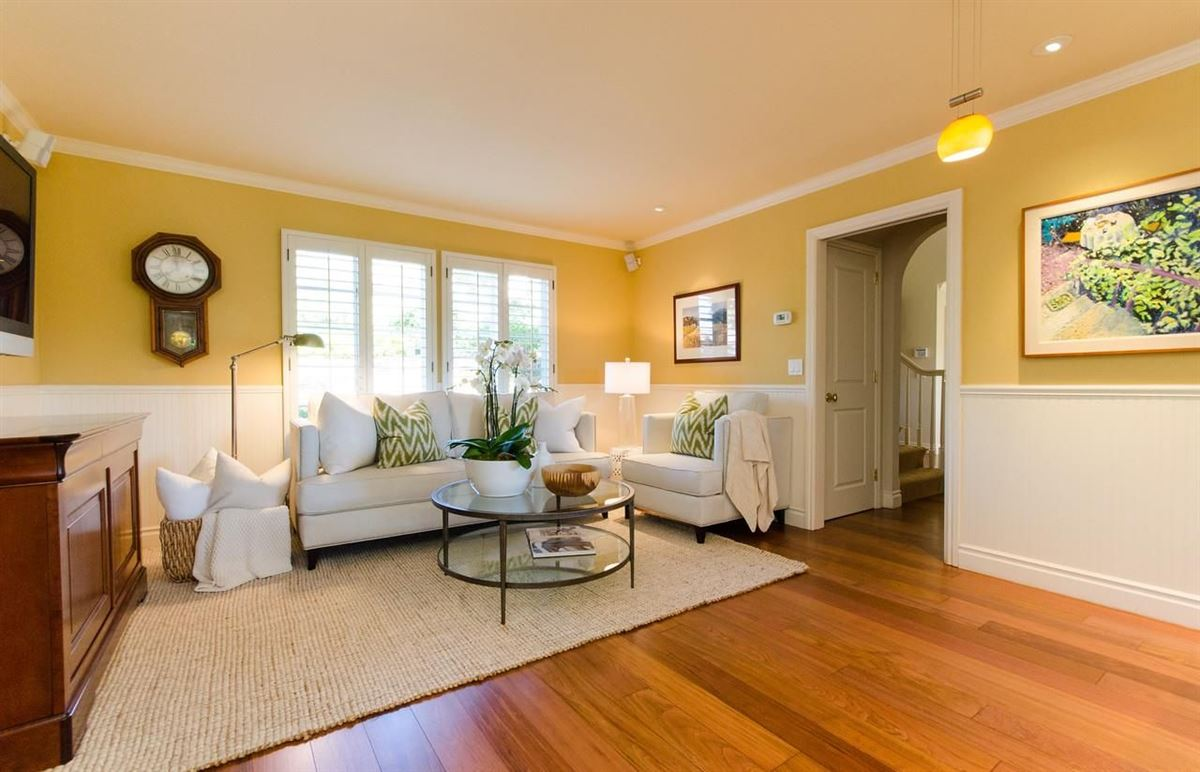 Mansions timeless appeal in desirable Sharon Heights