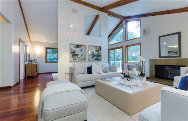 Luxury homes Best Move in Ready Home with Plenty of Updates