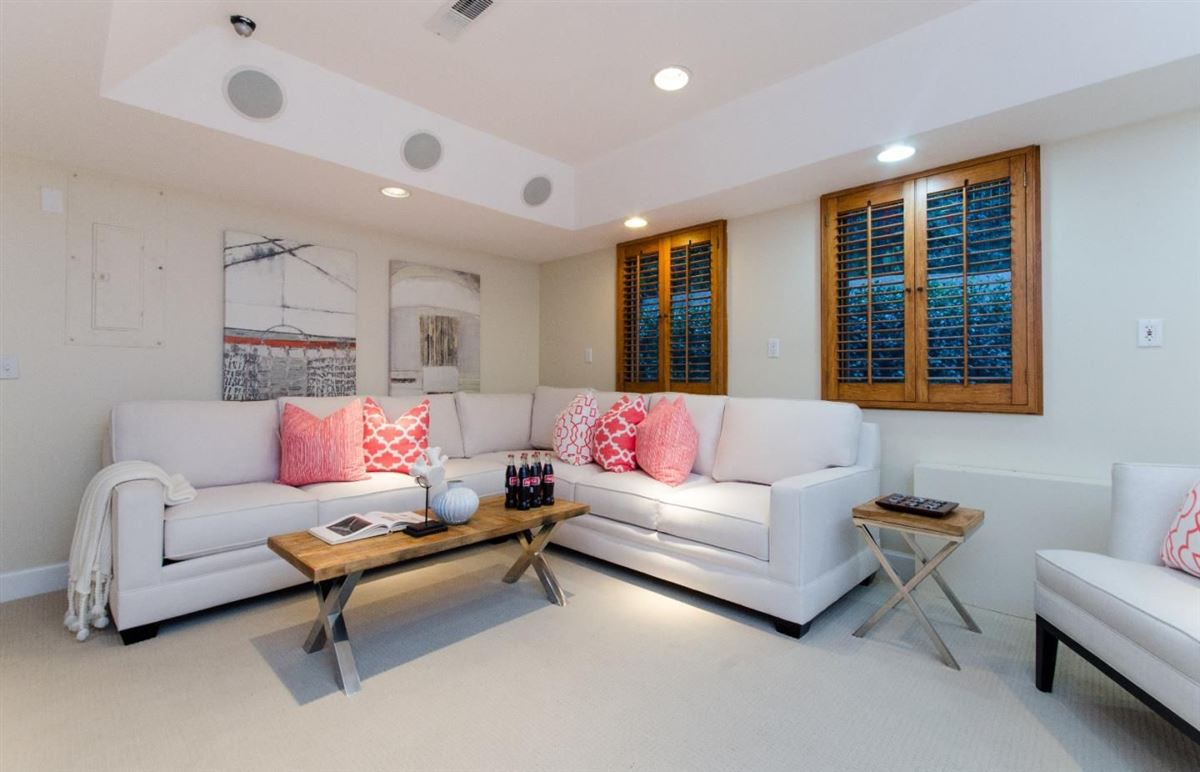 Luxury properties Best Move in Ready Home with Plenty of Updates