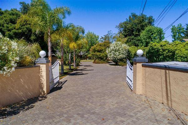 13651 Saratoga Sunnyvale Road