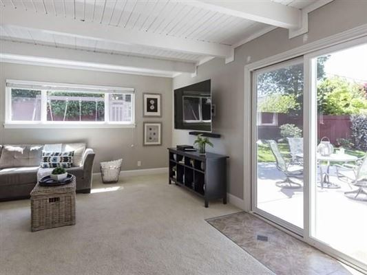 Luxury properties Beautifully maintained santa clara home