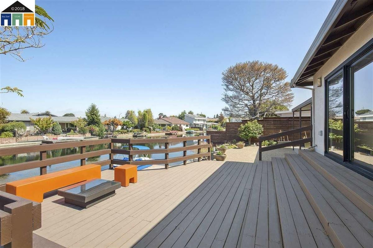 extensively updated mid-century lagoon home mansions