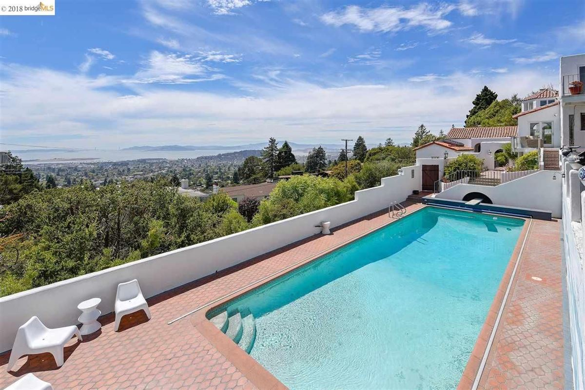 retreat in the heart of the North Berkeley Hills mansions