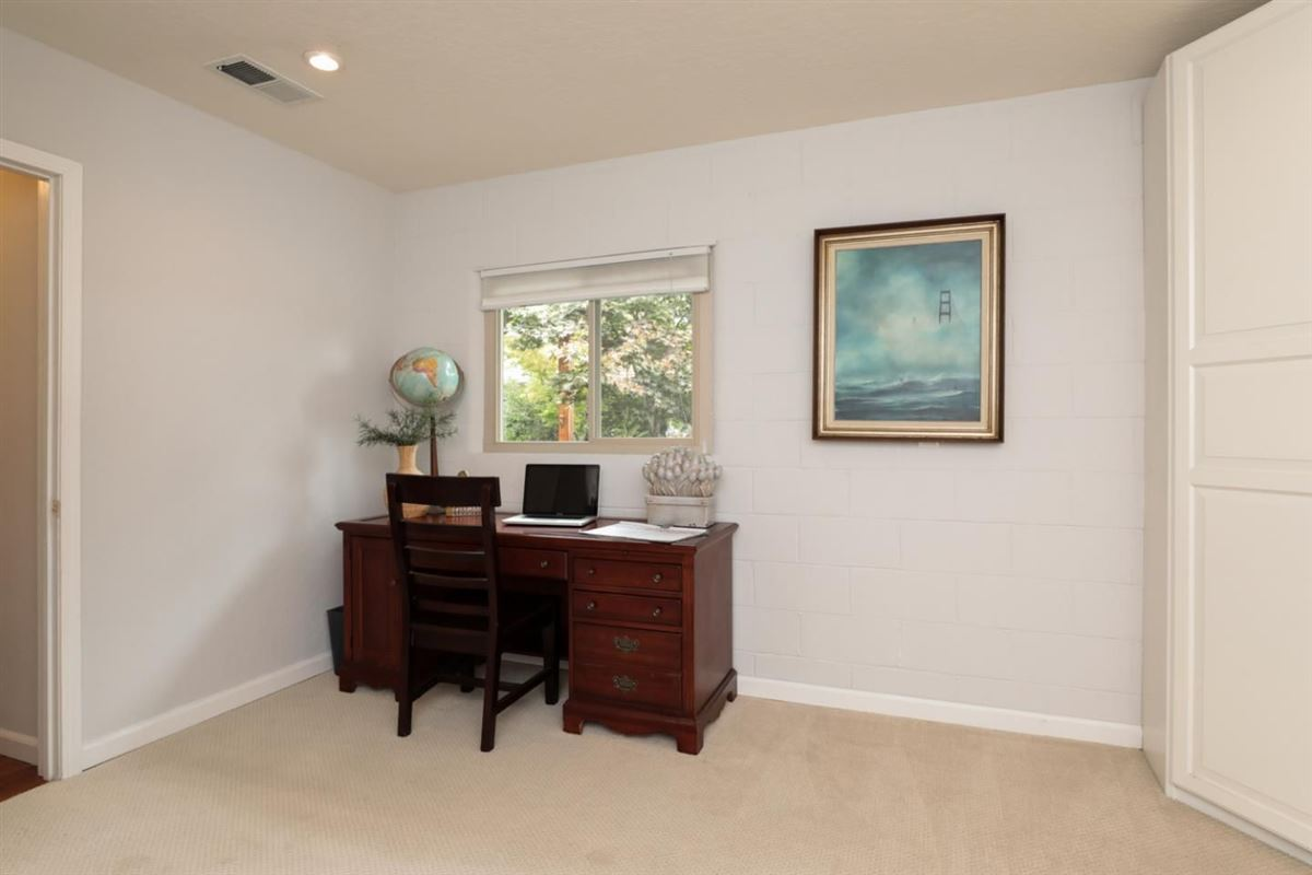 Luxury properties Beautifully updated and professionally landscaped