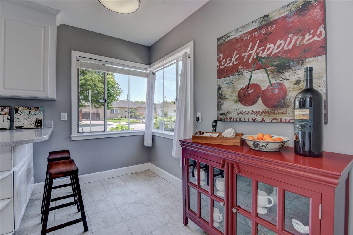 Luxury homes in Gorgeous home in historic Rose Garden