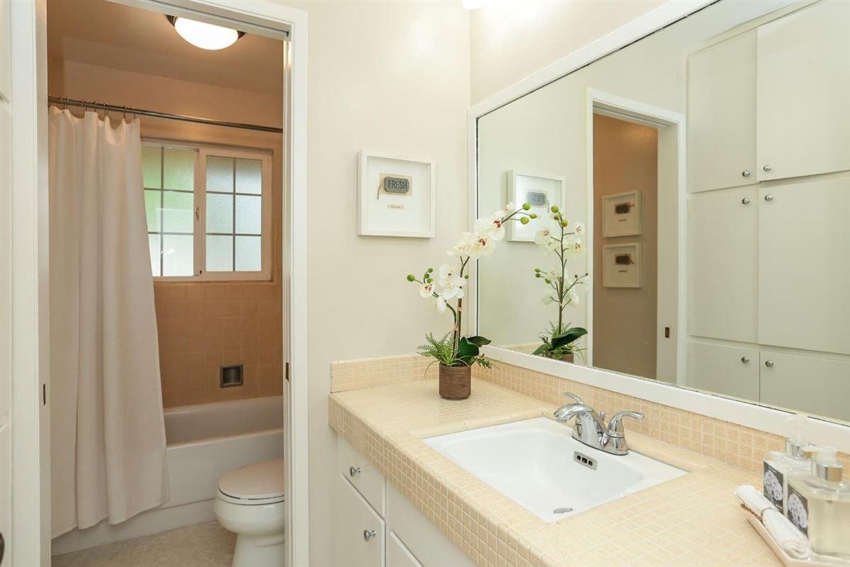 Luxury homes coveted Birdland neighborhood in santa clara