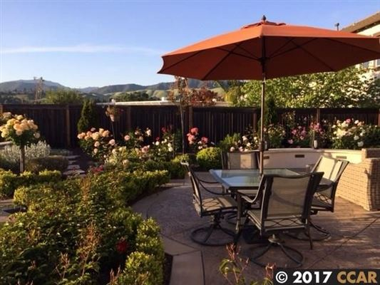 Beautiful Executive home with stunning views luxury real estate
