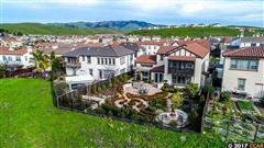 Mansions Beautiful Executive home with stunning views