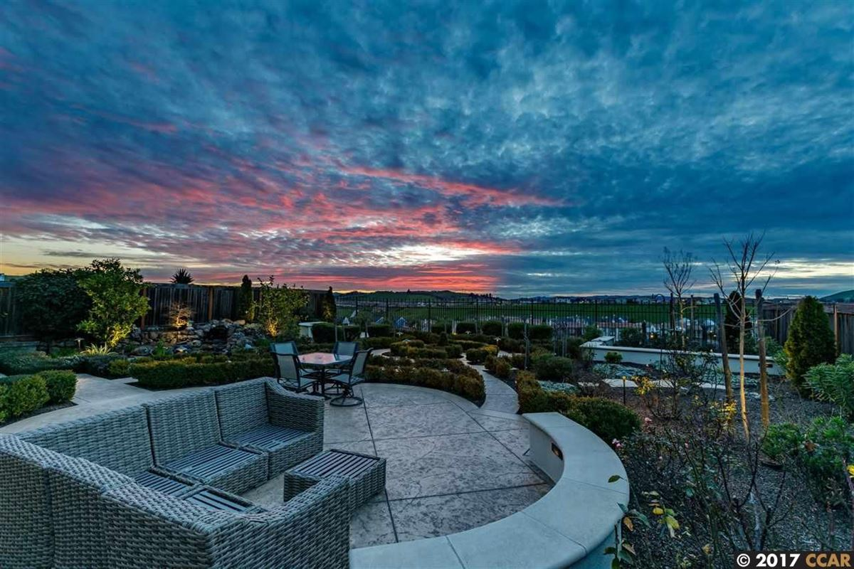 Mansions in Beautiful Executive home with stunning views