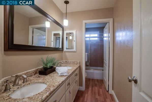 Luxury homes in Fabulous, updated and remodeled home