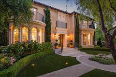 Luxury real estate Extraordinary Estate in Crescent Park