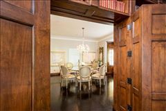 Mansions in Extraordinary Estate in Crescent Park