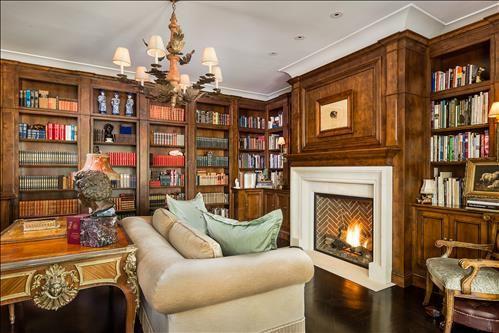 Luxury properties Extraordinary Estate in Crescent Park
