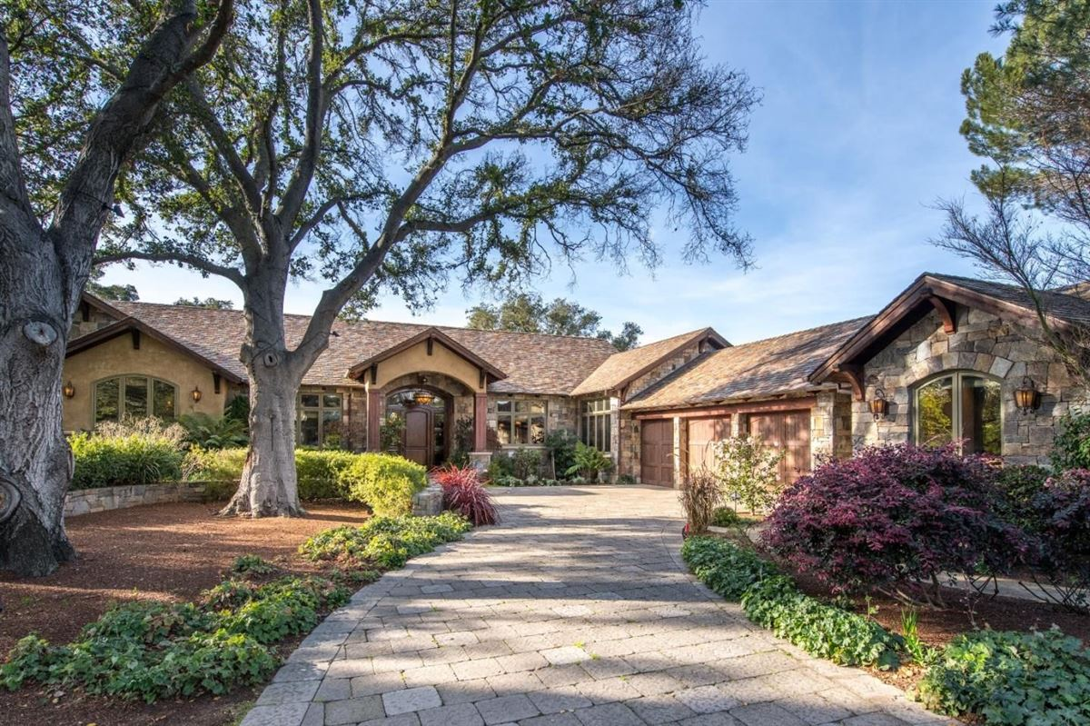 Magnificent gated luxury estate luxury homes