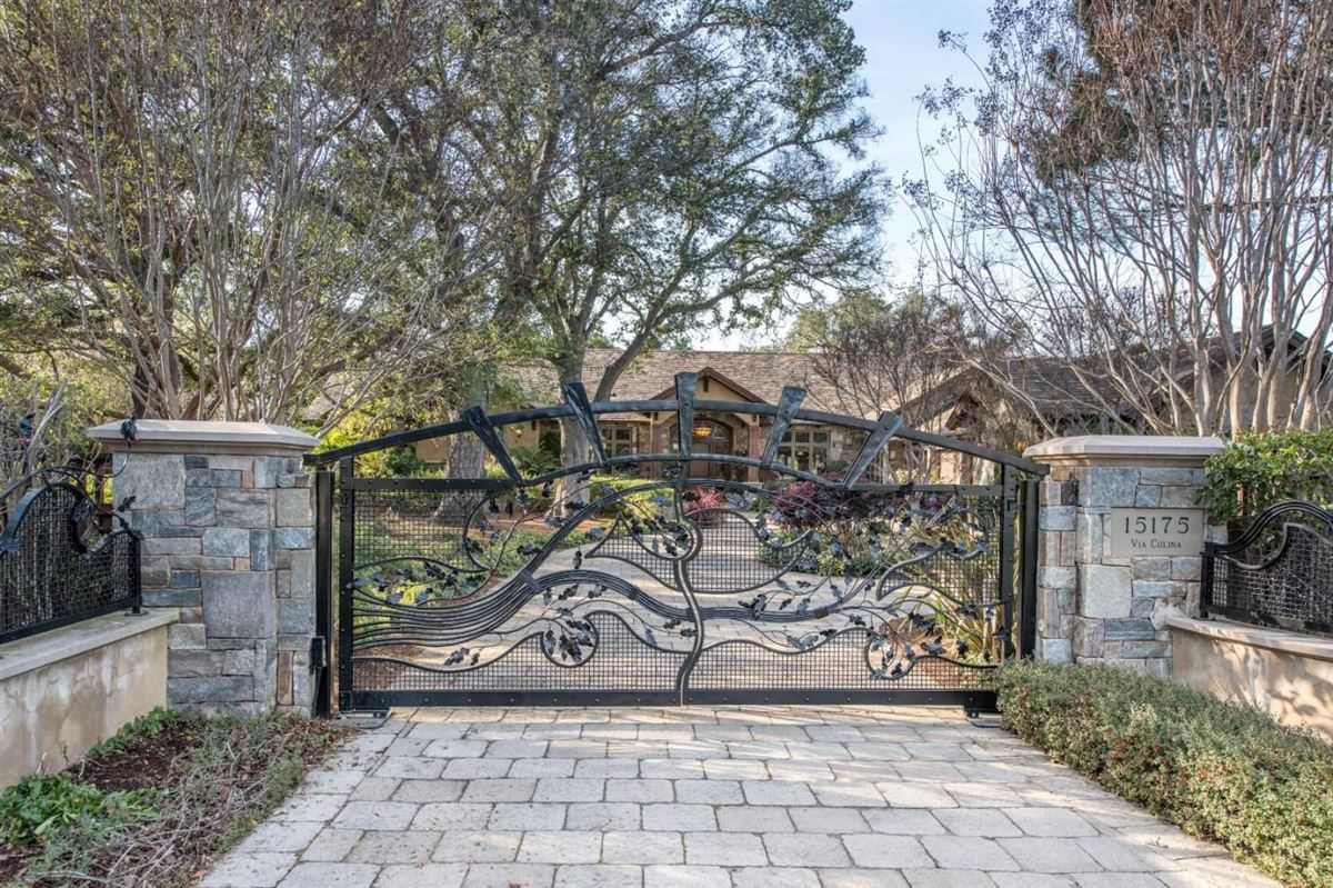 Luxury real estate Magnificent gated luxury estate