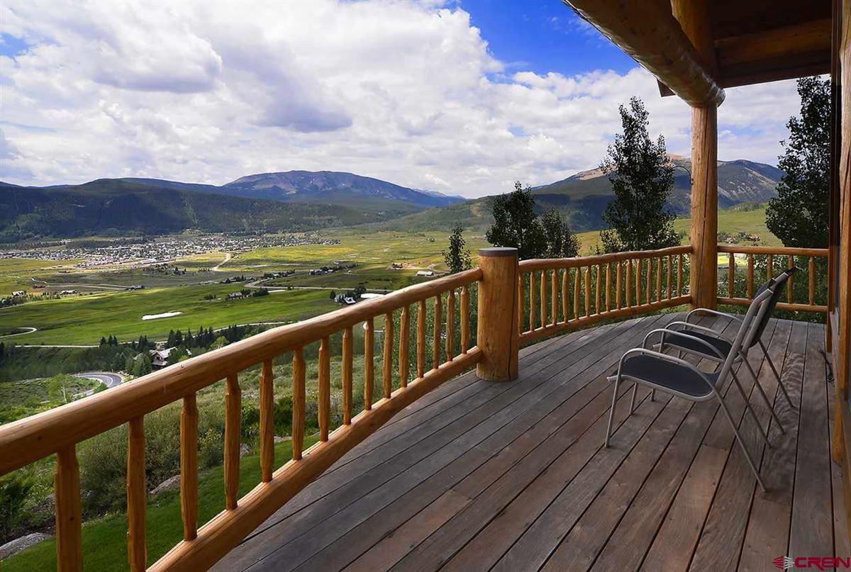highly desirable Summit neighborhood luxury real estate