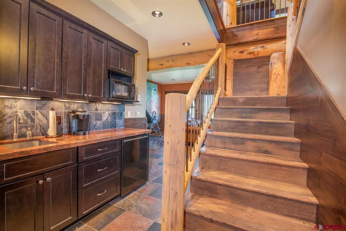 Luxury homes in custom turnkey home in Skyland