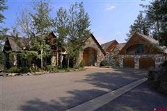 Luxury properties exquisite mountain retreat