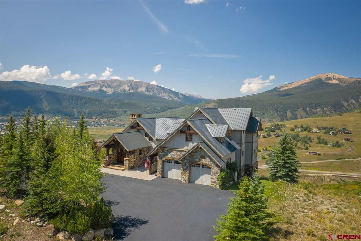 timeless custom luxury home in The Summit Subdivision mansions