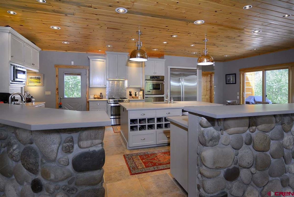 Luxury properties The River House At Danni Ranch