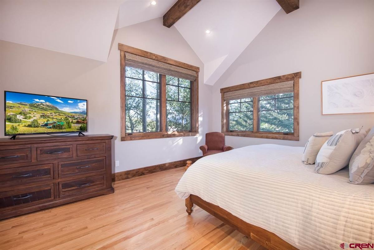 Luxury homes in A Rocky Mountain legacy property