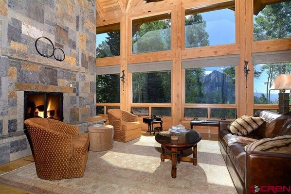 THE SMITH HILL RANCHES luxury homes
